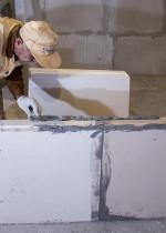 Технология строительства межкомнатных перегородок из пазогребневых плит