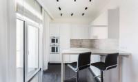 Стиль и контраст. Дизайн проект квартиры-студии в стиле минимализм