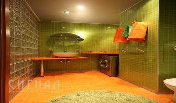 Ванная в квартире на ул. Просторная