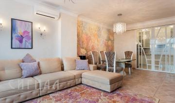m_livingroom
