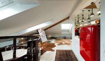 Дизайн кабинета в двухуровневой квартире